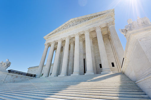 Justice - Concept「U.S. Supreme Court Building in Washington DC USA」:スマホ壁紙(2)