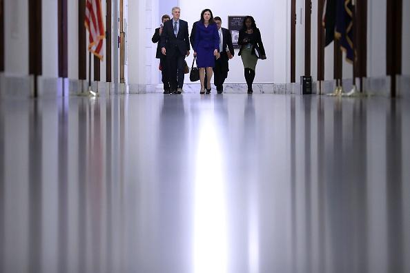 Kelly public「Trump's Supreme Court Nominee Neil Gorsuch Meets With Senators On Capitol Hill」:写真・画像(12)[壁紙.com]