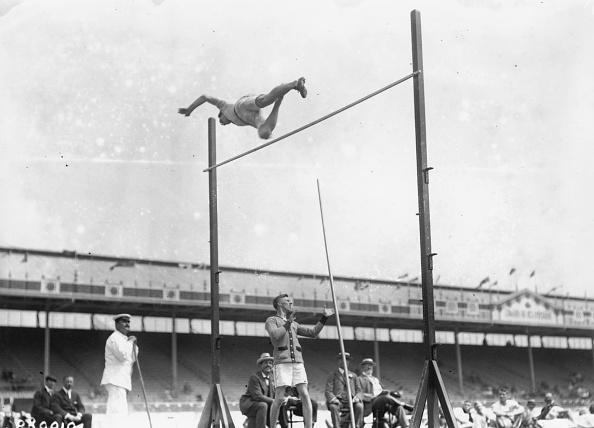オリンピック「Olympic Pole Vault」:写真・画像(1)[壁紙.com]