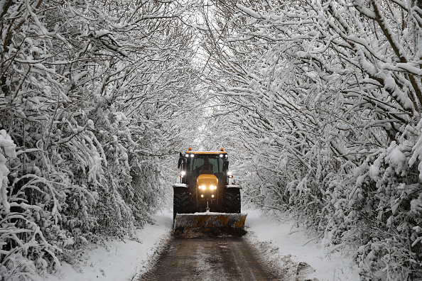 Snow Vehicle「Big Freeze Brings Snow, Ice and Flooding To The UK」:写真・画像(16)[壁紙.com]