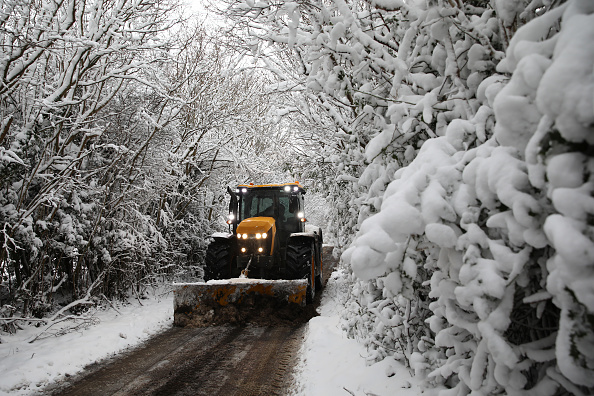 Snow Vehicle「Big Freeze Brings Snow, Ice and Flooding To The UK」:写真・画像(18)[壁紙.com]