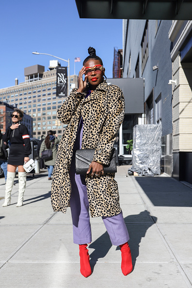 Achim Aaron Harding「Street Style - New York Fashion Week February 2019 - Day 3」:写真・画像(5)[壁紙.com]