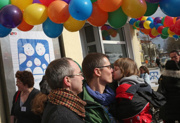 Parent「Germany's First Gay Parent Counseling Center Opens」:写真・画像(2)[壁紙.com]