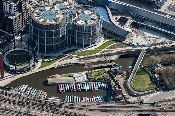 Barge「British Waterways Yacht Basin And St Pancras Lock」:写真・画像(9)[壁紙.com]