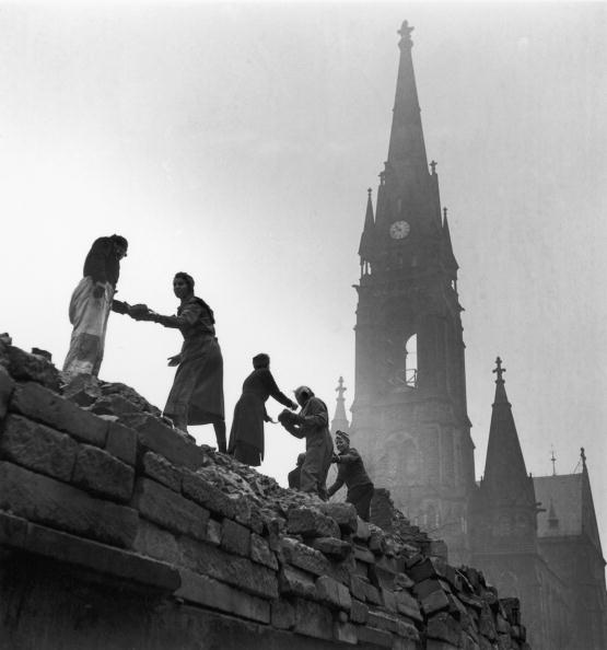 World War II「Rebuilding Dresden」:写真・画像(10)[壁紙.com]