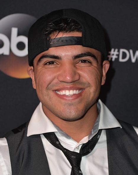 "Victor Ortiz「Premiere Of ABC's ""Dancing With The Stars"" Season 20 - Arrivals」:写真・画像(4)[壁紙.com]"