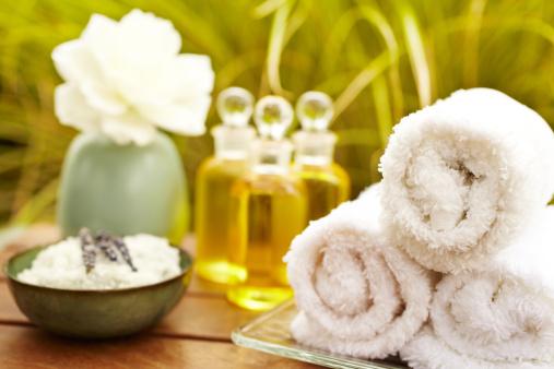 Organic「Exfoliation salt scrub at spa with lavender」:スマホ壁紙(16)