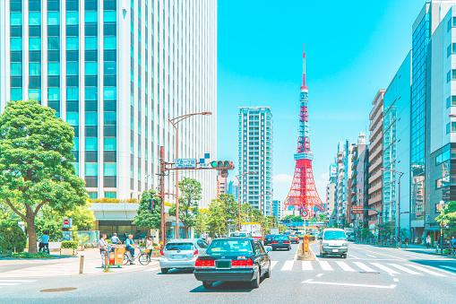 Minato Ward「Tokyo tower with blue sky」:スマホ壁紙(4)