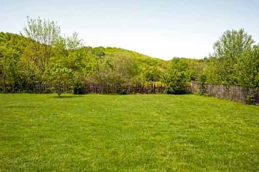 柵「ガーデン」:スマホ壁紙(1)