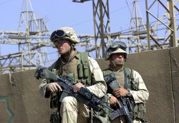 Baghdad「Marines Guard Power Facility」:写真・画像(9)[壁紙.com]