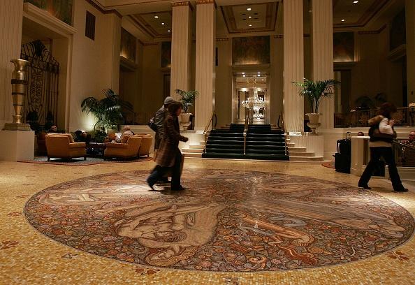 Lobby「Waldorf-Astoria Hotel To Be Turned Into Chain」:写真・画像(18)[壁紙.com]