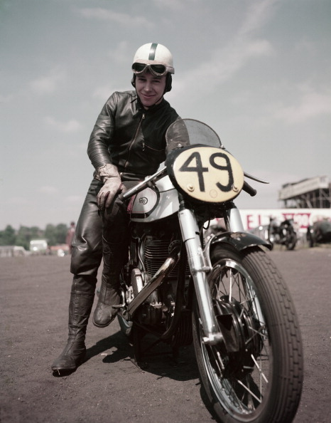 Motorsport「John Surtees」:写真・画像(2)[壁紙.com]