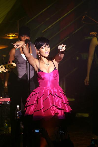 Hosiery「Rihanna In Concert」:写真・画像(8)[壁紙.com]
