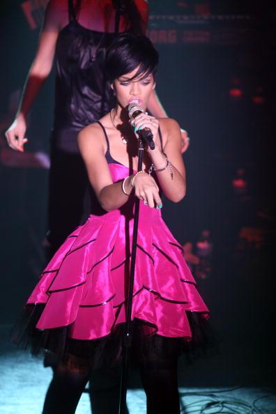 Hosiery「Rihanna In Concert」:写真・画像(9)[壁紙.com]