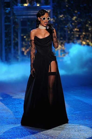 Stockings「2012 Victoria's Secret Fashion Show - Performance」:写真・画像(5)[壁紙.com]