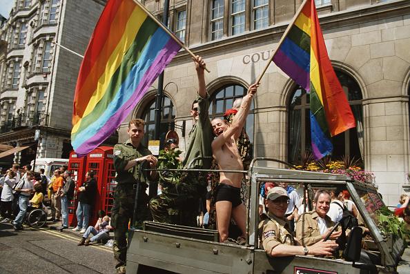 Bisexuality「Pride Parade」:写真・画像(4)[壁紙.com]