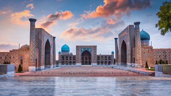Persian Culture「Panorama Samarkand Uzbekistan Registan Square Sher-Dor Madrasah」:スマホ壁紙(17)