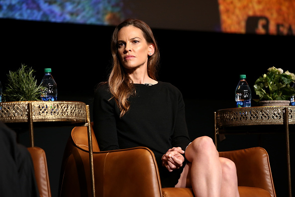 "Hilary Swank「For Your Consideration Event For FX's ""Trust"" - Inside」:写真・画像(4)[壁紙.com]"