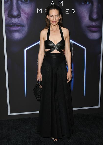 "Hilary Swank「LA Special Screening Of Netflix's ""I Am Mother"" - Arrivals」:写真・画像(10)[壁紙.com]"