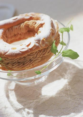 Wagashi「Paris-Brest (almond cream-puff)」:スマホ壁紙(19)