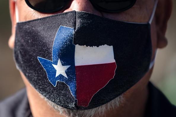 Texas「Texas Governor Abbott Lifts Statewide Mask Mandate」:写真・画像(5)[壁紙.com]