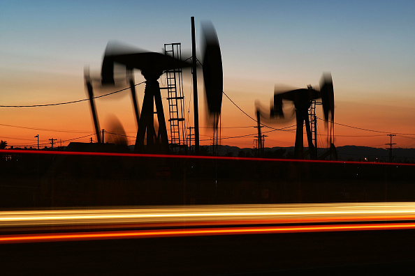 Absence「High Oil Prices Continue To Drive Gas Prices Steadily Upwards」:写真・画像(8)[壁紙.com]