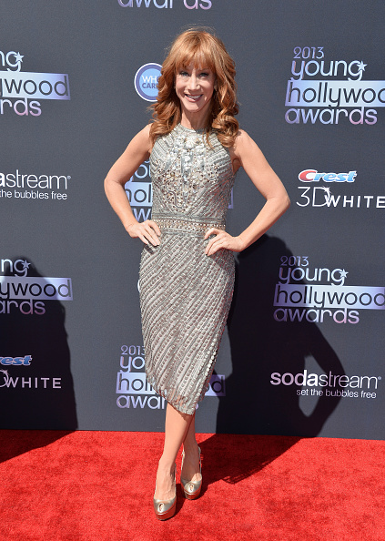 Gray Dress「2013 Young Hollywood Awards Presented By Crest 3D White And SodaStream / The CW Network - Arrivals」:写真・画像(11)[壁紙.com]