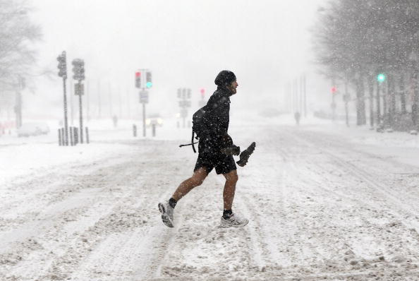 Shorts「Winter Storm Hits Vast Swath Of East Coast」:写真・画像(10)[壁紙.com]