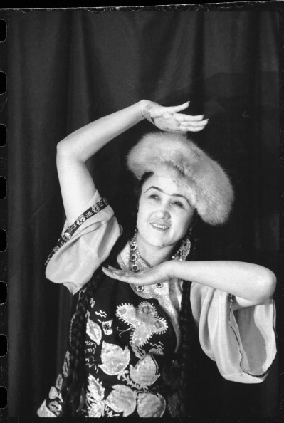 Max Penson「Mukarram Turgunbaeva」:写真・画像(5)[壁紙.com]