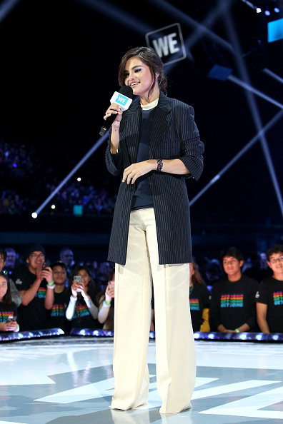 Blazer - Jacket「WE Day California Celebrates 16,000 Youth Leading Lasting Change in America」:写真・画像(6)[壁紙.com]