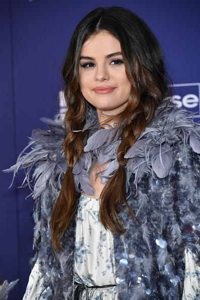 "Selena Gomez「Premiere Of Disney's ""Frozen 2"" - Arrivals」:写真・画像(11)[壁紙.com]"