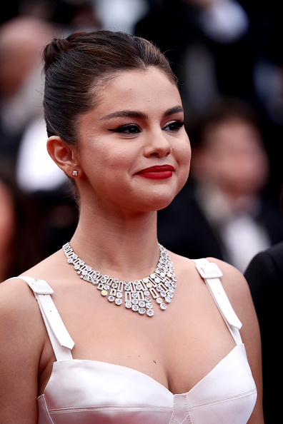 "Selena Gomez「""The Dead Don't Die"" & Opening Ceremony Red Carpet - The 72nd Annual Cannes Film Festival」:写真・画像(10)[壁紙.com]"