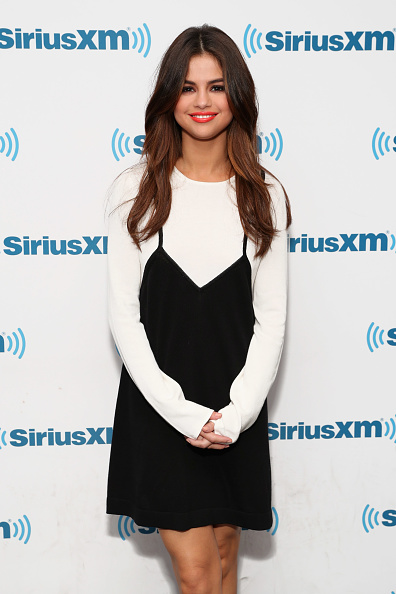 "Selena Gomez「Selena Gomez Visits ""The Morning Mash Up"" On SiriusXM Hits 1 Channel At The SiriusXM Studios In New York」:写真・画像(17)[壁紙.com]"