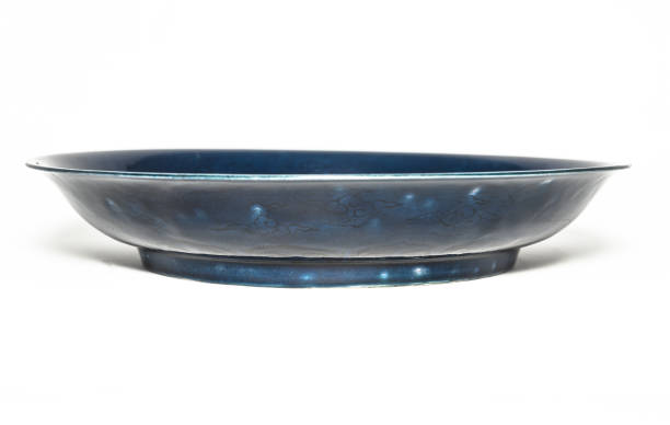Deep Blue Dish With Carved Dragon Design 1522-1566:ニュース(壁紙.com)