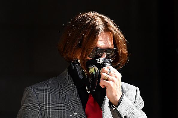 Obscured Face「Johnny Depp Libel Trial Enters Third Week」:写真・画像(5)[壁紙.com]