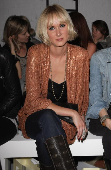 キンバリー・スチュワート「Sass & Bide Front Row: Spring/Summer 2010 - London Fashion Week」:写真・画像(7)[壁紙.com]