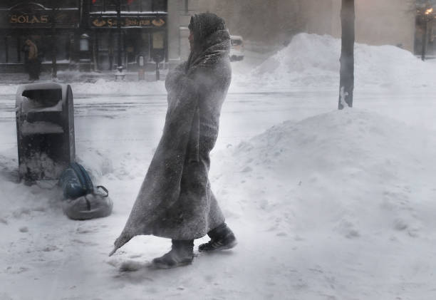 Winter「Massive Winter Storm Brings Snow And Heavy Winds Across Large Swath Of Eastern Seaboard」:写真・画像(6)[壁紙.com]