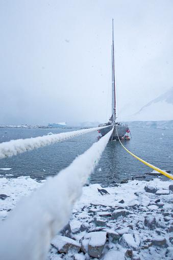 Sailboat「Antarctic, Graham Land, moored sailing boat」:スマホ壁紙(18)