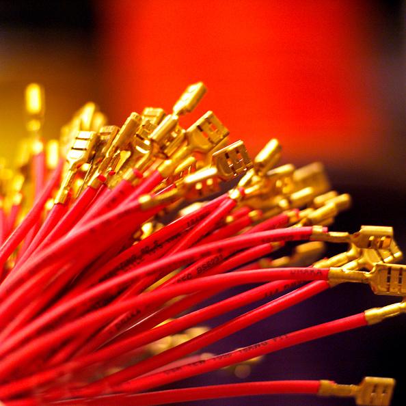 静物「Electronic Cables, HI TEC Industry.」:写真・画像(15)[壁紙.com]