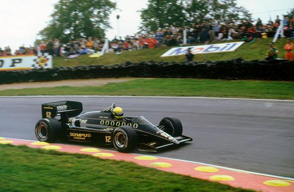 Siena - Italy「Ayrton Senna in the Lotus 97T Renault at 1985 European Grand Prix Brands Hatch」:写真・画像(12)[壁紙.com]