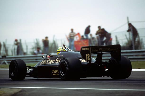 Grand Prix Motor Racing「Ayrton Senna, Grand Prix Of San Marino」:写真・画像(1)[壁紙.com]