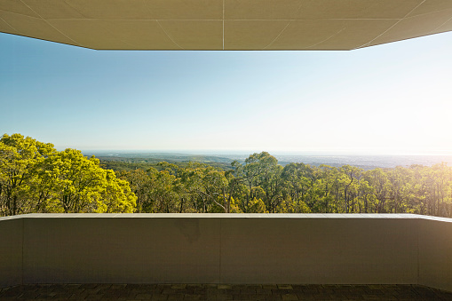 Adelaide「balcony looking out to forest」:スマホ壁紙(7)