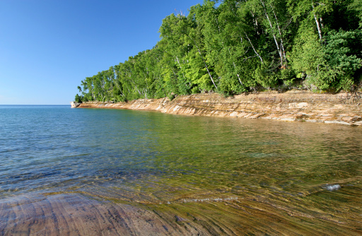 Great Lakes「Pictured Rocks and Trees」:スマホ壁紙(17)