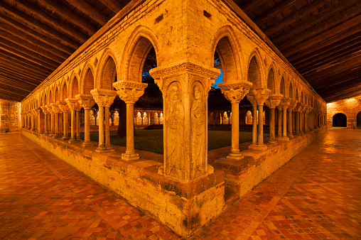 Camino De Santiago「Cloister of Saint-Pierre abbey in Moissac」:スマホ壁紙(6)