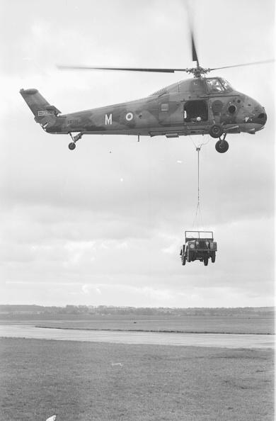 Victor Blackman「Wessex Helicopter」:写真・画像(10)[壁紙.com]