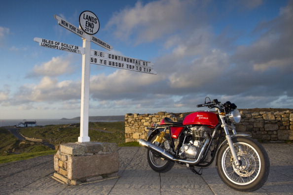 "Lands End - Cornwall「Royal Enfield ""Top To Tip"" - Land's End」:写真・画像(4)[壁紙.com]"