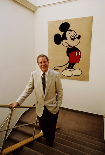 ミッキーマウス「Disney Executive Michael Eisner Portrait Session」:写真・画像(10)[壁紙.com]