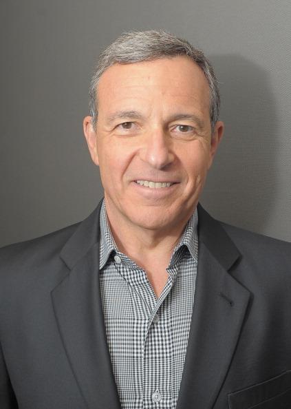 ボブ アイガー「Disney CEO Robert Iger Visits FOX Business Network's 'Markets Now'」:写真・画像(17)[壁紙.com]