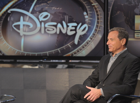 ディズニー「Disney CEO Robert Iger Visits FOX Business Network's 'Markets Now'」:写真・画像(11)[壁紙.com]