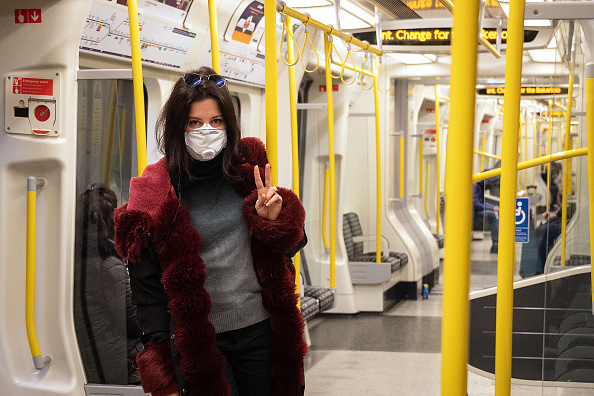UK「Commuters Abandon London Bus Service During Coronavirus Pandemic」:写真・画像(5)[壁紙.com]